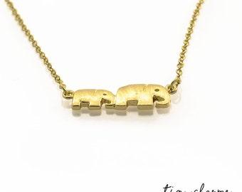 Mom and Baby Elephant, Elephant Necklace, Elephant Family, Cute Animal Necklace, Small Pendant Necklace, Dainty Necklace, Delicate Necklace