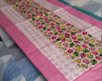 Lady bug bed runner for single bed