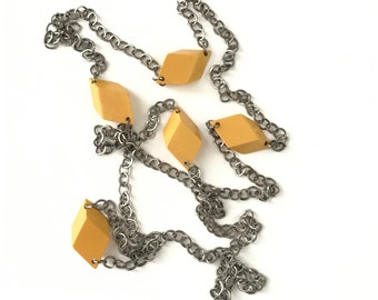 Vintage Long Bakelite Yellow Carved Diamond Geometric Necklace