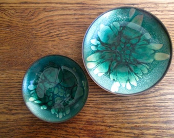 Vintage Win Ng Pair of Green Enamel and Copper Dishes