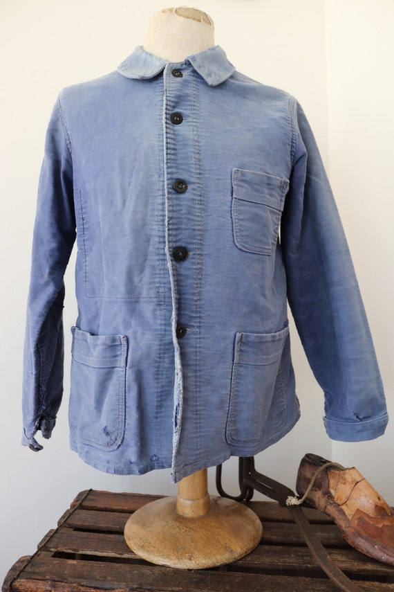 """Vintage 1950s 50s french bleu de travail blue moleskin chore work jacket workwear 41"""" chest sun faded darned repaired (5)"""