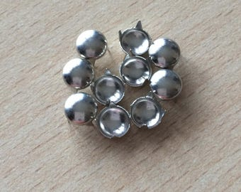 Silver color button claw nails