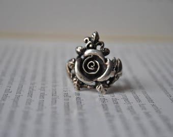 Vintage Sterling Ring - 1970s Sterling Rose Ring