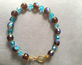 Sparkly Brown and Blue Bracelet // crystal // beaded //