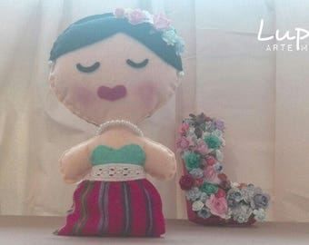 Doll Frida Kahlo Artisan