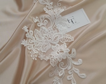 Ivory Lace applique, Ivory lace, French Chantilly lace applique, 3D lace, bridal applique, Applique M0042