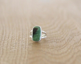 Grossular Garnet Cabochon set in Sterling Silver Ring