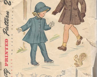 Simplicity 1998 1940s Toddlers Coat Suspender Leggings and Hat Pattern with Transfer Girls Vintage Sewing Pattern Size 1 Breast 20