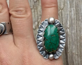 Green Stone Ring Size 6 - Chrysocolla Azurite set in Sterling Silver Metalwork - Stamped Heart Ring - Unique Artisan Crafted Jewelry