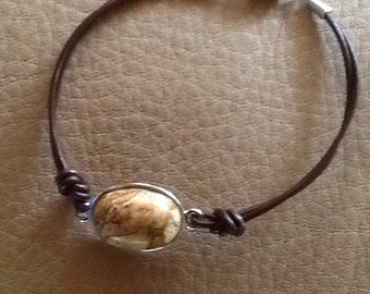 Leather cord bracelet with Jasper stone
