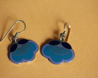 VINTAGE LAUREL BURCH dangle / pierced earrings