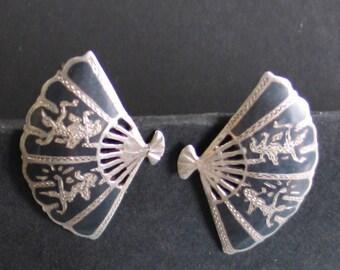 SALE Vintage Sterling Thai Dancer Fan Earrings Screw back