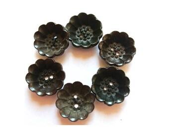 6 buttons, antique vintage plastic flower buttons 20mm, flower cup shape,