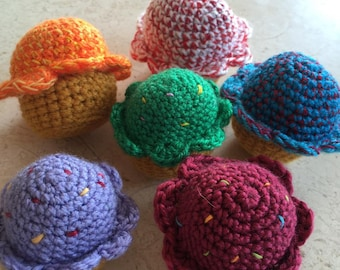 Amigurumi Cupcakes (Set of 6)