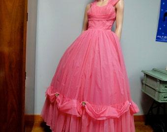 Robe vintage des années 1950, rouge à lèvres rose robe de bal en mousseline de soie taille Petite mariée
