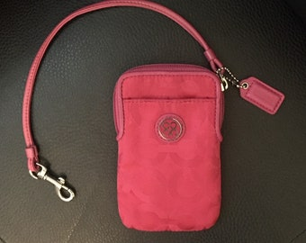 Like New Coach Cell Phone/Card Holder