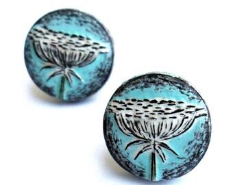 Blue Queen Anne's Lace Stud Earrings, Queen Anne's Lace Post Earring, Pastel Blue Earrings, Flower Post Earrings, Spring Jewelry