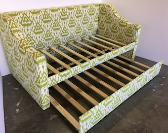 Custom Trundle Bed W/Sloped Arms & Trundle - COM