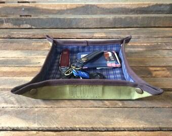 Valet Tray, Mens Valet, EDC Valet, EDC Gear, Wallet Tray, Change Tray, Desk Tray, Desk Valet, Waxed Canvas Valet Tray, Accessory Tray