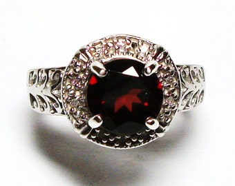 "Garnet ring, cocktail ring, red, birthstone ring, engagement ring  s 6  ""Bed of Roses"""