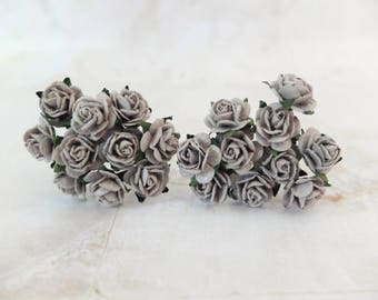 20 mulberry dark grey roses (15mm) - grey paper flowers