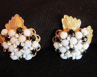 Vintage Robert DeMario Hand Wired Black and White Rhinestone and Bead Clip Earrings - V-EAR-486
