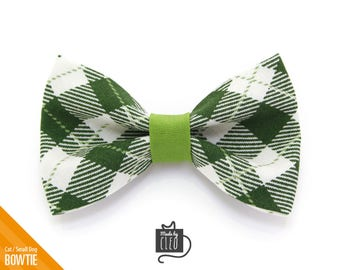 """Green Cat Bow Tie - """"Galway"""" - Plaid Cat Collar Bow Tie / St. Patrick's Day / Kitten Bow Tie / Small Dog Bow Tie - Removable (One Size)"""