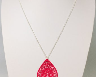 """""""Drop"""" necklace, cherry red color"""