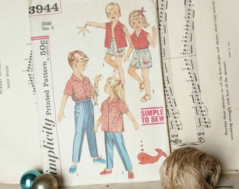 Retro Childrens Playclothes Pattern by Simplicity - Vintage Easy to Sew Printed Paper Pattern Size 4, Retro Summer Shorts + Blouse Pattern