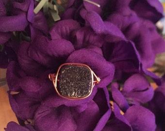 Long Black Veil Ring