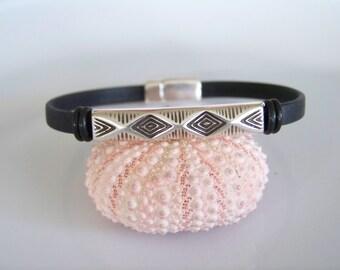 Black Leather Tribal Focal Bracelet - Item R3510