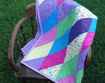 Twisted Triangles Bright Patchwork Quilt