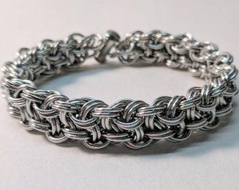 Kinged Vipera Berus Bright Silver Aluminum Chainmaille Bracelet