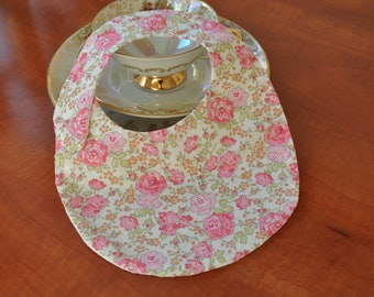 Baby bib Liberty fabric tana lawn Felicite pink and white waffle cotton fabric (baby up to 6 months)