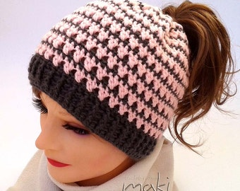 KARLA Messy bun hat crochet pattern - Crochet ponytail hat pattern - Pom pom hat crochet pattern! Pattern No. 192