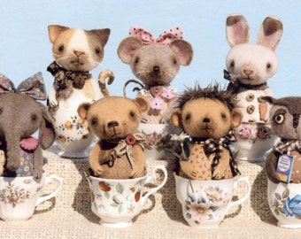Primitive PATTERN Little Critter Cups & Standing Critters