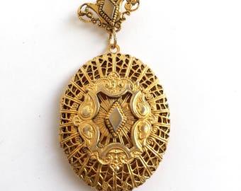 Vintage Filigree Gold Tone Pendant Top