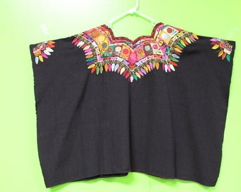 GORGEOUS UNIQUE Handmade Embroidered Huipil from Oaxaca, Mexico size Large