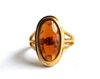 Vintage Golden Amber Birthstone Ring - Oval Cut Glass - Cocktail Holiday Ring - Size 7 - Signed AVON