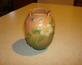 Vintage Roseville White Rose 978-4 Vase