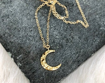 Crescent Moon Necklace, Simple Dainty Moon Necklace, Half Moon Necklace, Celestial Necklace, Layering Necklace, Gold Fill, Rose Gold, Silver