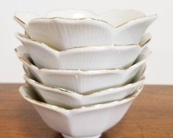 Vintage Set of 5 Gold Trimmed Lotus Bowls