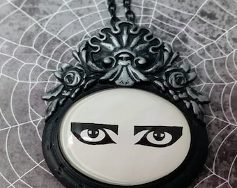 Siouxsie Eyes Rococo Pendant Necklace