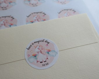 "Unicorn ""Have a magical day"" - 24 round mailing labels"