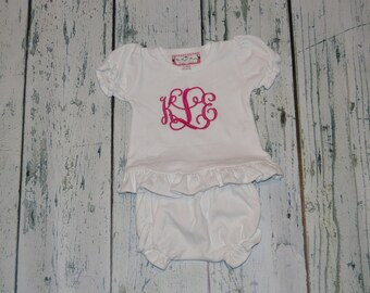 Monogrammed Baby Girl Clothing Outfit Set Shirt and Bloomer Outfit personalized baby Gift Set