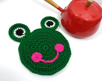 Crochet Frog Pot Holder, Frog Trivet, Kitchen Wall Decor, Valentine's Day Gift, Green Frog Hotpad, Smiling Frog Decoration, Gift for Mom
