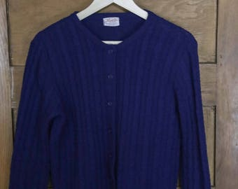 Vintage 1960's Button Up Cardigan Sweater • SMALL/MEDIUM • Made in USA • Marvin Kntg. Mills N.Y.