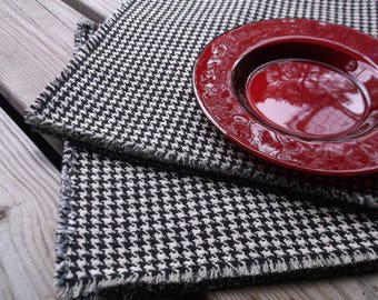 Houndstooth Placemats Set of Six