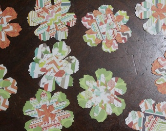 Paper Flowers/Set of 10/Embellishments/Scrapbooking/Tags/Card Making