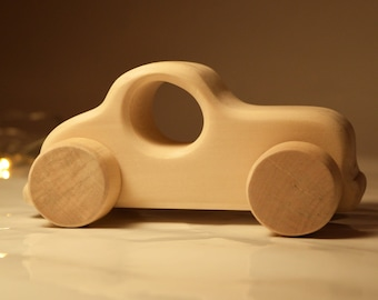 Wooden toy car - Personalized Toy Car - Organic and Eco Friendly - Baby gift - Waldorf - Montessori - Wooden Toys  - Baby Birthday Gift Toys
